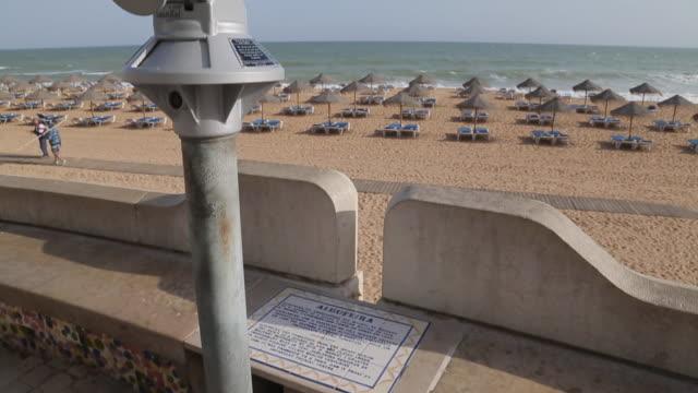 view of beach, albufeira, algarve, portugal, europe - algarve stock videos & royalty-free footage