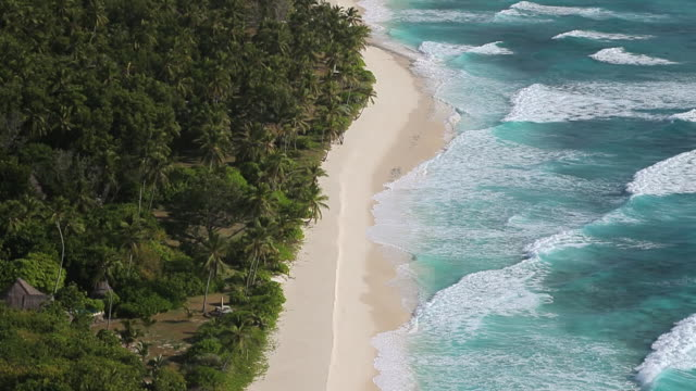 ws tu view of beautiful beach / north island, seychelles - seychelles stock videos & royalty-free footage