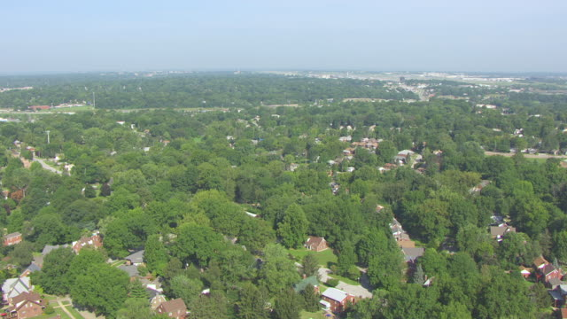 ws aerial view of bel ridge area surrounding home of roland doe / st louis, missouri, united states - ミズーリ州 セントルイス点の映像素材/bロール