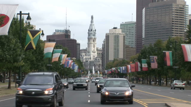 view of benjamin franklin parkway with old philadelphia city hall in philadelphia united states - william penn stock videos and b-roll footage