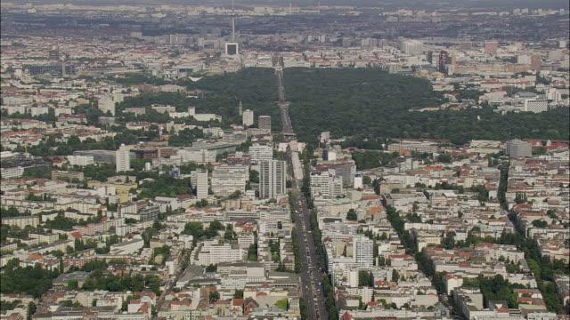 aerial view of berlin, brandeburg, germany - アレクサンダープラッツ点の映像素材/bロール