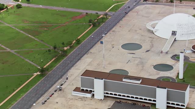 ws aerial view of biblioteca nacional / brasilia, brazil - biblioteca stock videos and b-roll footage