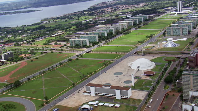ws aerial zo view of biblioteca nacional de / brasilia, brazil - biblioteca stock videos and b-roll footage