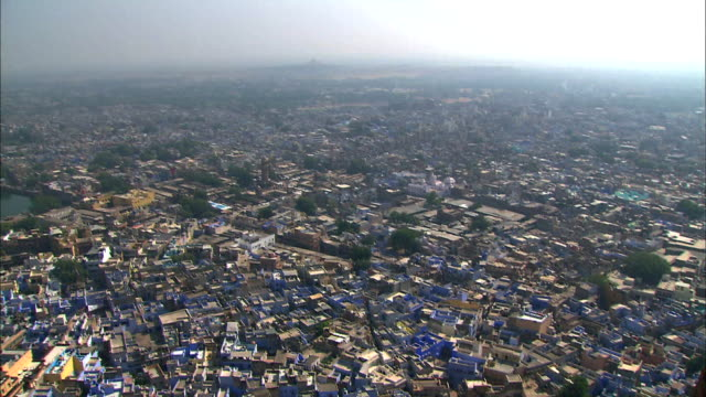 view of blue city in jodhpur (second largest city in the indian state) - indien stock-videos und b-roll-filmmaterial