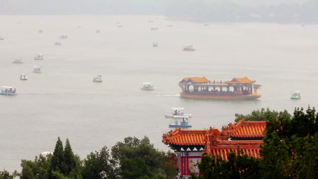 WS View of boats on Kunming Lake in Summer Palace / Beijing, China