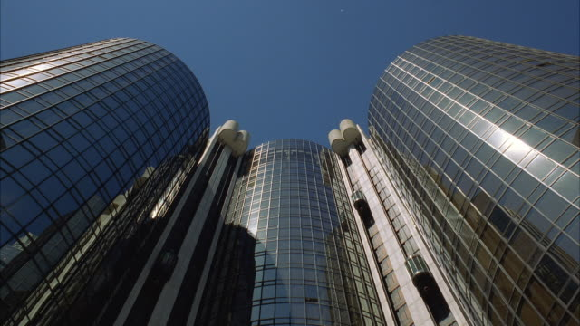 WS View of Bonaventure hotel towers / Los Angeles, California, USA