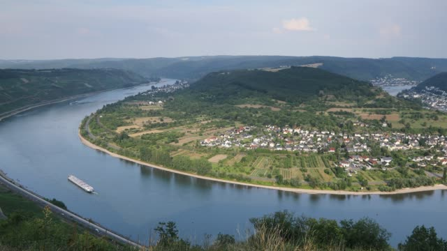 view of boppard and river rhine, oberwesel, rhineland-palatinate, germany - rhineland palatinate stock videos & royalty-free footage