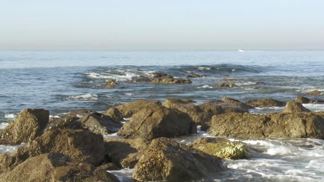 vídeos de stock, filmes e b-roll de ms view of breakwater / marbella, andalusia, spain        - quebra mar