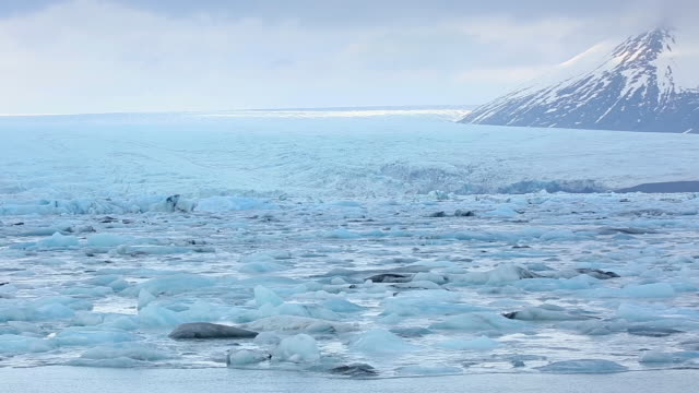 WS PAN View of Breidamerkurjokull glacier and snow mountain at Jokulsarlon Lagoon / Iceland