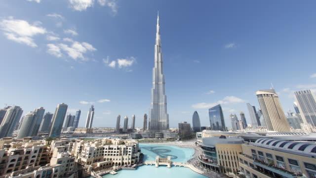 ws pov   t/l view of bruj khalifa  tallest man made structure of world / dubai,united arab emirates - burj khalifa stock videos & royalty-free footage