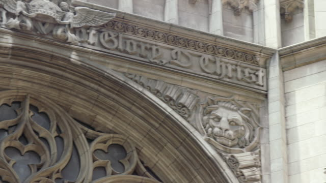 ms pan view of building details at saint thomas church in manhattan / new york, united states - relief carving stock videos & royalty-free footage