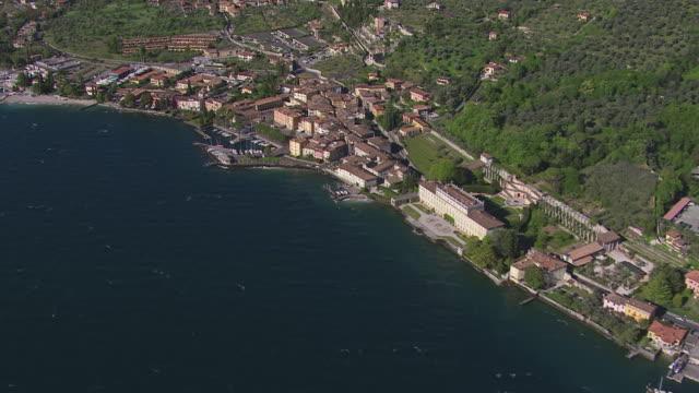 WS View of buildings near lake / Lake Garda, Trentino, Verona, Brescia