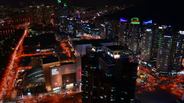 ws t/l view of built structure and suyeongman at night / busan, south korea  - 電飾点の映像素材/bロール