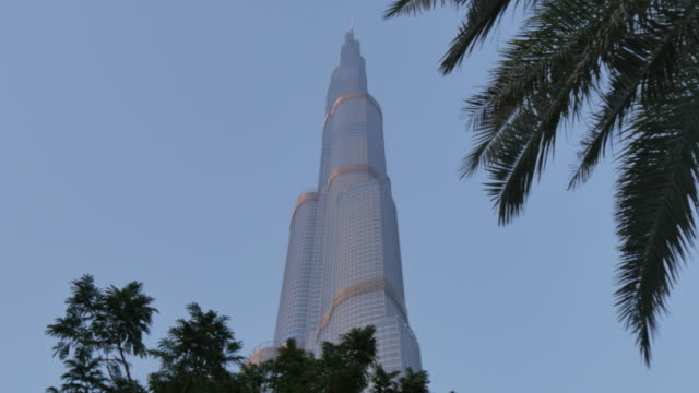 View of Burj Khalifa from Burj Khalifa Lake in Downtown, Dubai, United Arab Emirates, Middle East, Asia