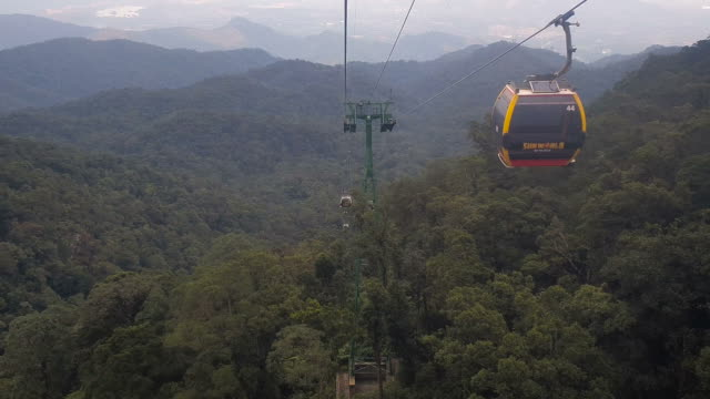 view of cable car on fog in fansipan legend,vietnam - steel cable stock videos & royalty-free footage