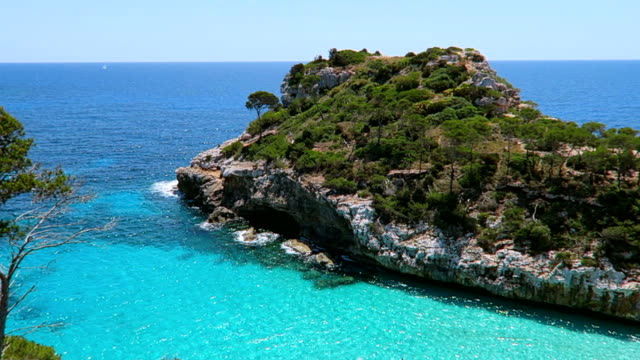 View of Calo des Moro (Cala de Sa Comuna) on east coast on Spanish Balearic island of Majorca / Spain