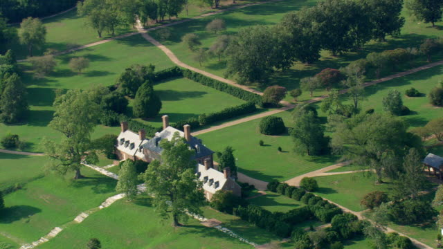 ws aerial view of carters grove plantation / virginia, united states - grove stock videos & royalty-free footage