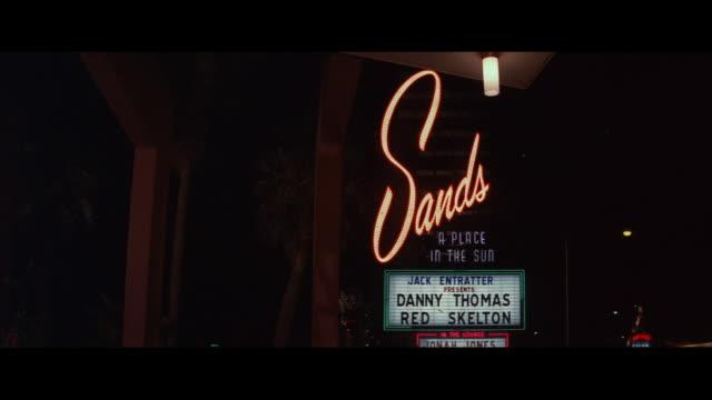 vídeos de stock, filmes e b-roll de ms view of casino sign' the sands  - escrita ocidental