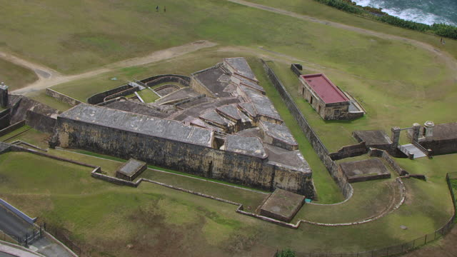 ws aerial pov view of castillo san cristobel fortress / old san juan, puerto rico, united states - 16th century style stock videos & royalty-free footage