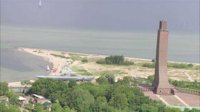 aerial ws view of castle / kiel canal,schleswig-holstein, germany - schleswig holstein stock-videos und b-roll-filmmaterial