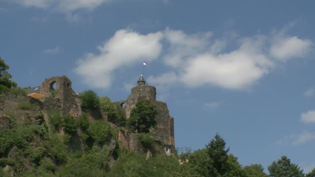 ws t/l view of castle ruin / saarburg, saar-valley, rhineland-palatinate, germany - saarburg stock-videos und b-roll-filmmaterial