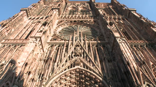 vidéos et rushes de ms tu  view of  cathedral munster / strasbourg, alsace, france - cathédrale