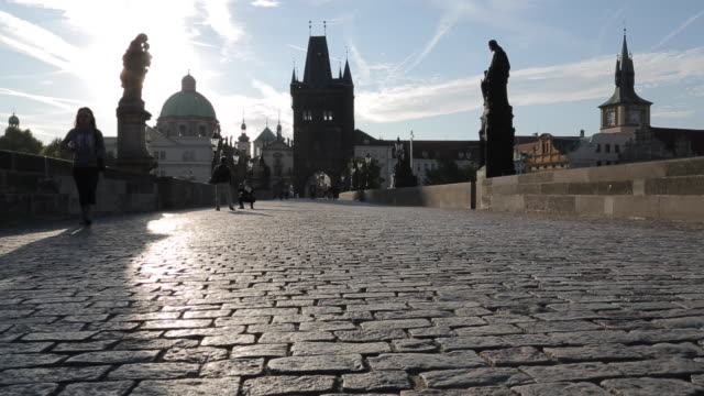 view of charles bridge, prague, czech republic, europe - stare mesto stock videos & royalty-free footage