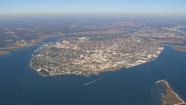 ws aerial view of charleston city / south carolina, united states - south carolina stock videos & royalty-free footage