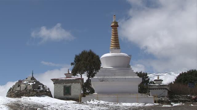 ws view of chorten prayer stone at tengboche monastery / tengboche,  khumbu region, nepal - khumbu stock videos and b-roll footage