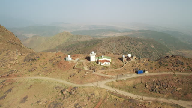 vidéos et rushes de view of church on mountains of north morocco, africa - maroc