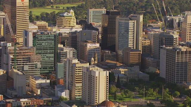 ws aerial zo view of city / adelaide, south australia, australia - アデレード点の映像素材/bロール