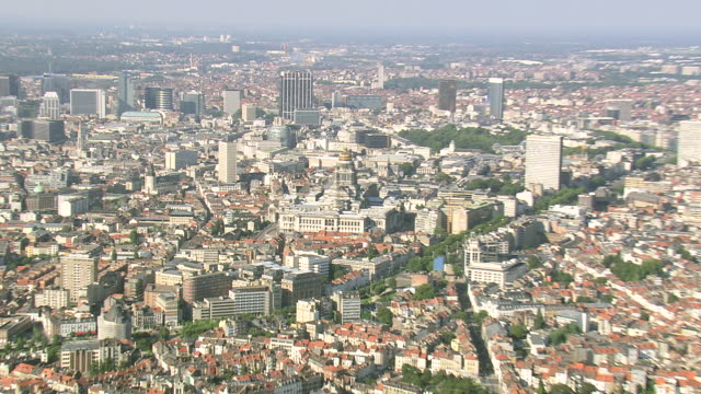 ms aerial tu zi view of city and duden park in brussels / brussels, belgium - regione di bruxelles capitale video stock e b–roll
