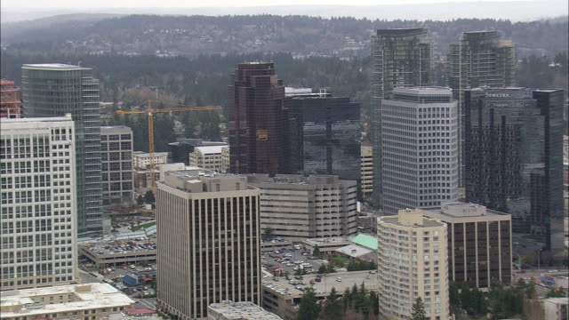 stockvideo's en b-roll-footage met ws aerial view of city at bellevue / washington, united states - staat washington