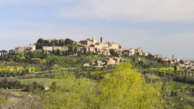 ws view of city at hill / montepulciano, tuscany, italy - montepulciano stock videos & royalty-free footage