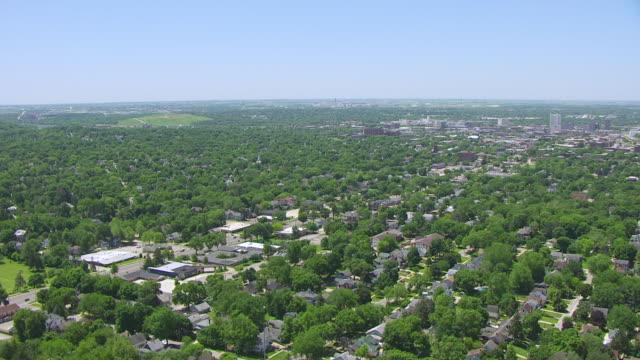 ws ds aerial pov view of city / cedar rapids, iowa, united states - iowa stock videos & royalty-free footage