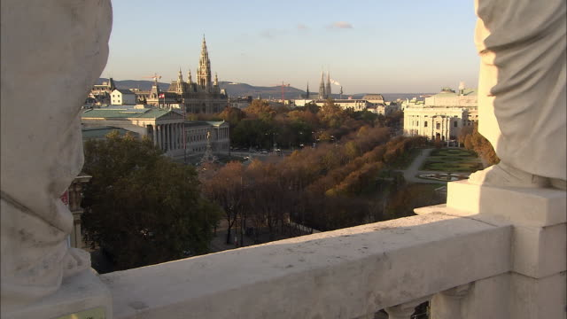 WS View of city hall of Vienna at dusk / Vienna City, Vienna, Austria