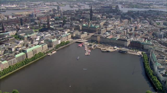 ws ts aerial view of city / hamburg, hamburg, germany - hamburg stock-videos und b-roll-filmmaterial