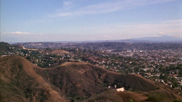 vidéos et rushes de ws pan view of city / hollywood, california, united states - hollywood california