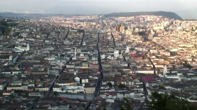 ws zo ha view of city of quito / ecuador - ecuador stock videos & royalty-free footage