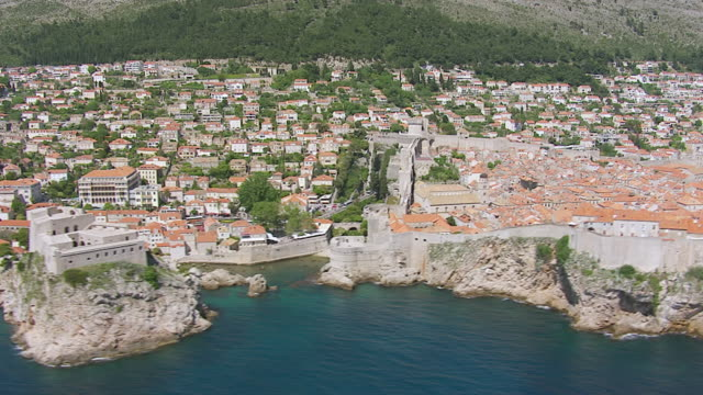 ms aerial view of city on adriatic sea / dubrovnik, dubrovnik neretva county, croatia - adriatic sea stock videos & royalty-free footage