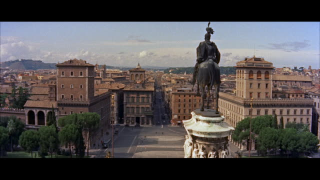 ms view of city / rome, italy - anno 1956 video stock e b–roll