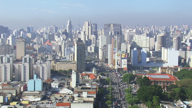 ws aerial view of city / sao paulo, brazil - são paulo stock videos & royalty-free footage
