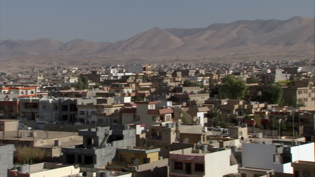 ws pan view of city / sulaymaniyah, kurdistan, iraq - iraq stock videos & royalty-free footage