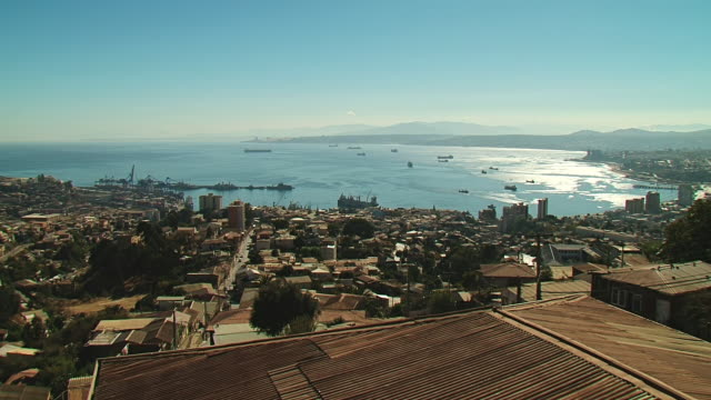 WS View of City / Valparaiso, Chile