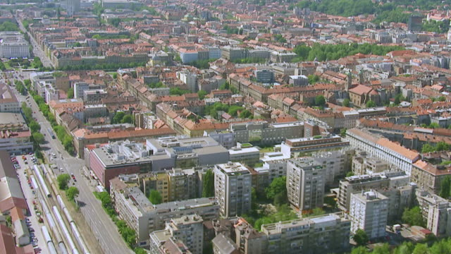 ms aerial zo view of city / zagreb, croatia - zagreb stock videos and b-roll footage