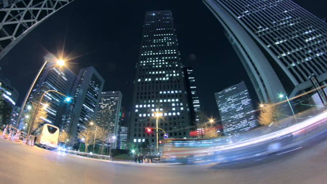 ws la t/l view of cityscape / shinjuku, tokyo, japan - wide angle stock videos & royalty-free footage
