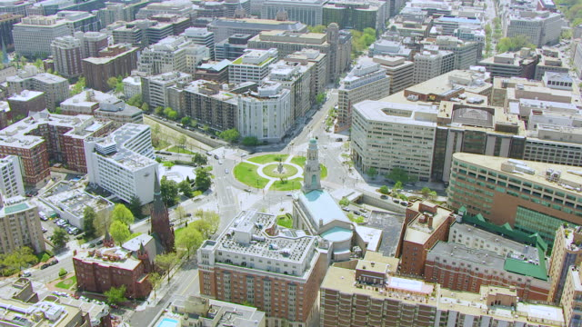 ws aerial pov view of cityscape with logan circle / washington dc, united states - logan circle stock videos and b-roll footage