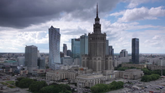 ws ha t/l view of clouds moving over warsaw skyline with palace of culture and science / warsaw, masovian voivodeship, poland - warsaw stock videos & royalty-free footage