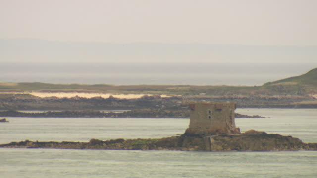 ws view of coast / st. peter port, guernsey, united kingdom - guernsey stock videos & royalty-free footage
