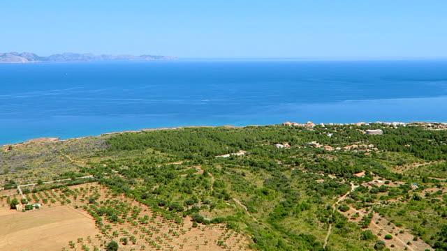 Ansicht der Küstenebene in der Nähe von Ermita de Betlem auf Nord Küste der Balearen Mallorca / Spanien